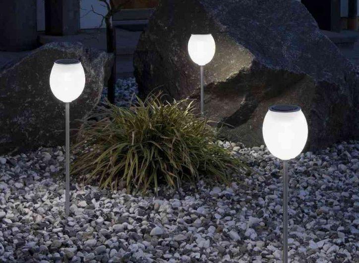 Lampa ogrodowa solarna