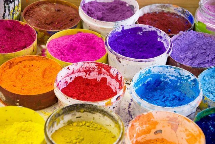 Kolorowe pigmenty do farb