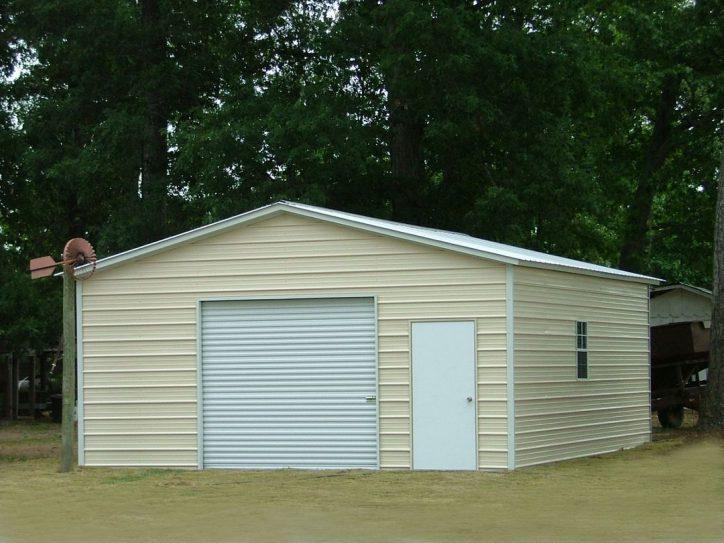 Używany garaż blaszany
