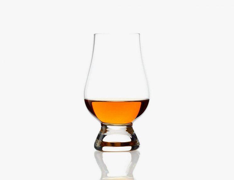 kieliszki do whiskey