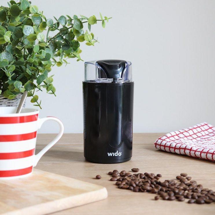 mlynek elektryczny do kawy