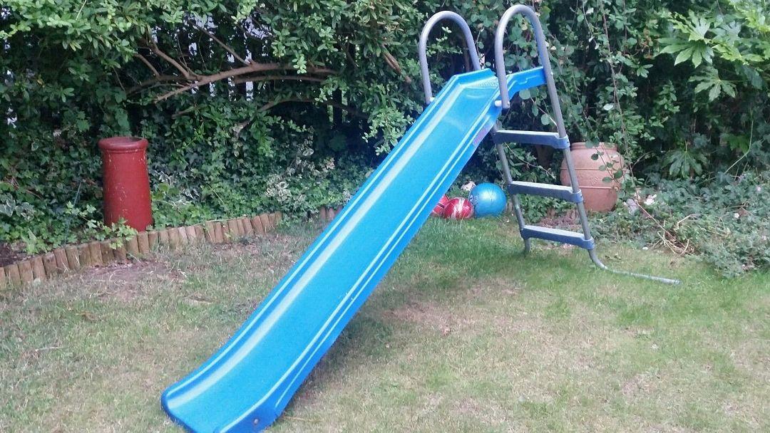 Zjeżdżalnie ogrodowe dla dzieci