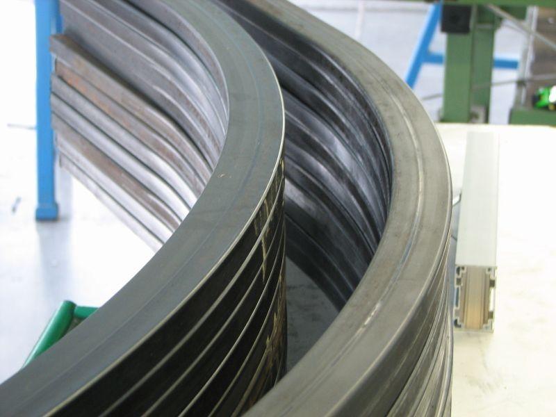 Gięcie profili aluminiowych
