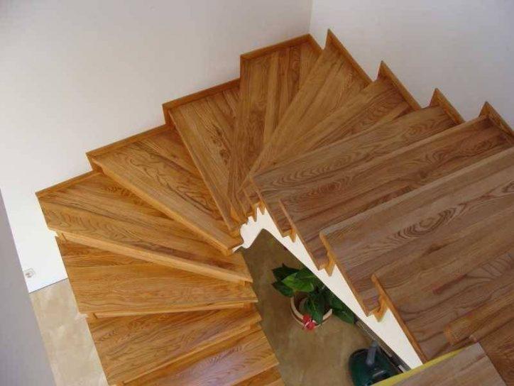 Schody Z Płytek Drewnopodobnych Lub Schody Z Paneli Podłogowych 2019