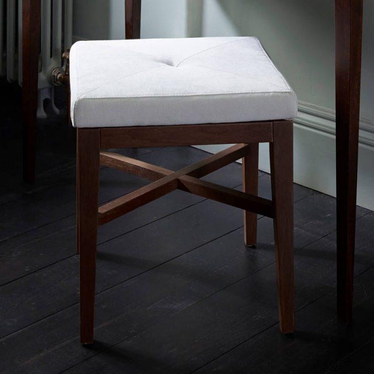 stolek tapicerowany