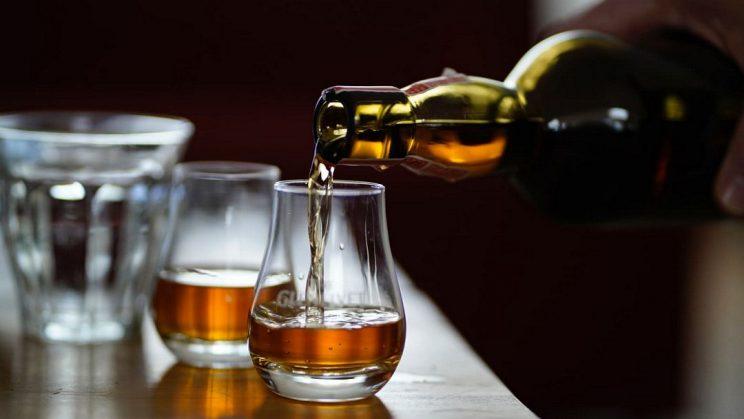 szklanki do whiskey